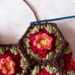hexagon-fall-flower-tote-11