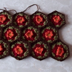 hexagon-fall-flower-tote-2