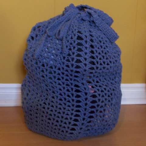 Free Crochet Pattern For Laundry Bag : Laundry Bag ~ FREE Crochet Pattern