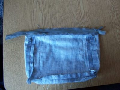Sewing the Zipper to Bag