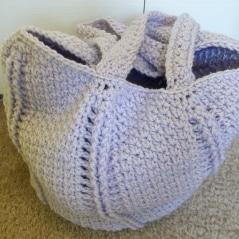 spiral-textured-seed-stitch-bag-1