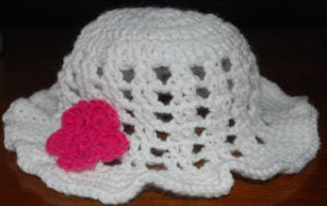 White Floppy Sun Hat - Free Crochet Pattern from Crochet Jewel