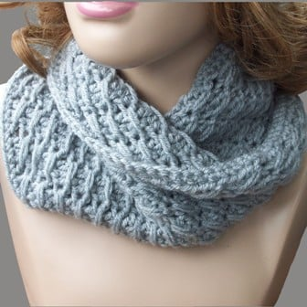 Free Crochet Patterns Cowls : Cross-Over Long DC Cowl ~ FREE Crochet Pattern