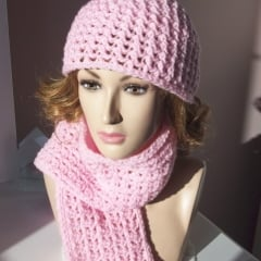 Matching Hat and Scarf ~ FREE Crochet Pattern
