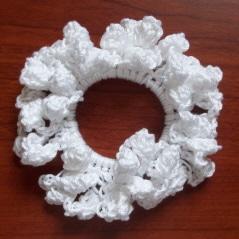 popcorn-hair-scrunchie-1