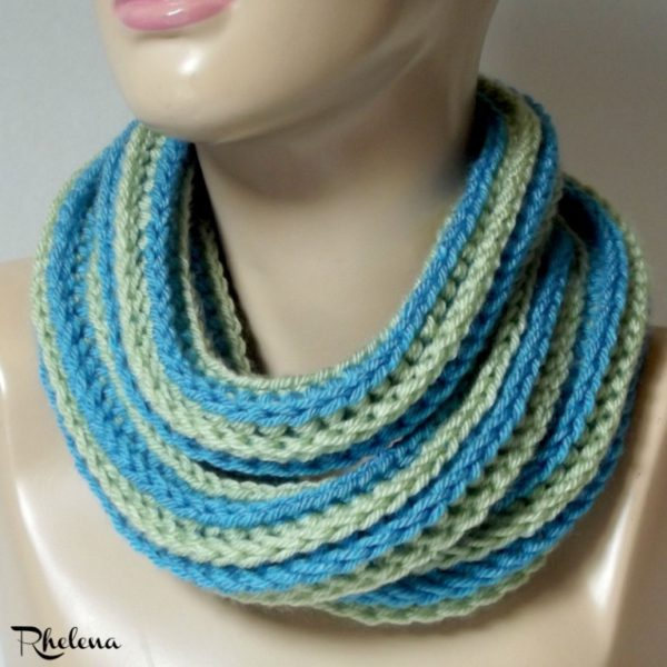 Chunky Ribs Cowl in Worsted Weight