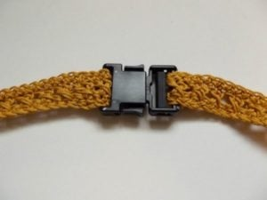 Attach Belt to Buckle as Shown.