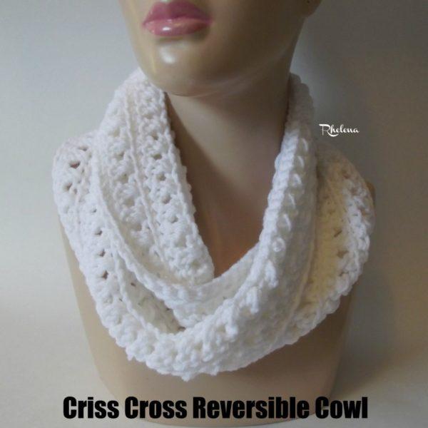 Criss Cross Reversible Cowl ~ FREE Crochet Pattern
