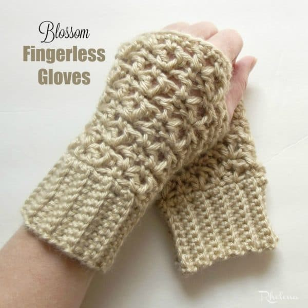 Crochet Patterns Gloves Fingerless : Blossom Fingerless Gloves - CrochetNCrafts