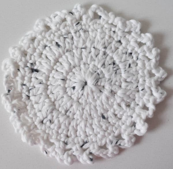 Little Dots Coaster Crochet Pattern By Underground Crafter
