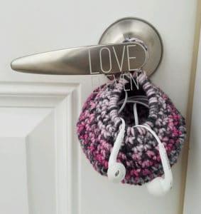 Pomona's Hanging Earbud Nest