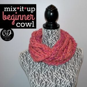 Mix it Up Beginner Cowl by Oombawka Design