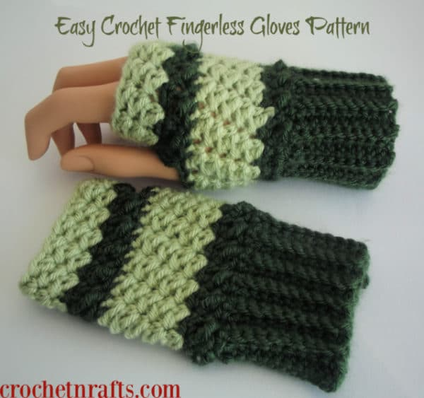 Free and easy crochet fingerless gloves pattern.