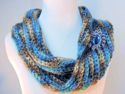 Easy Sea Bling Cowl by CrochetKim