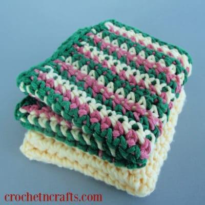 Beginner Crochet Dishcloth by CrochetNCrafts