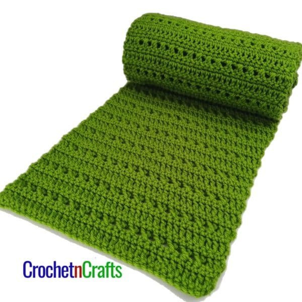 Free pattern for a double crochet and cross stitch scarf.